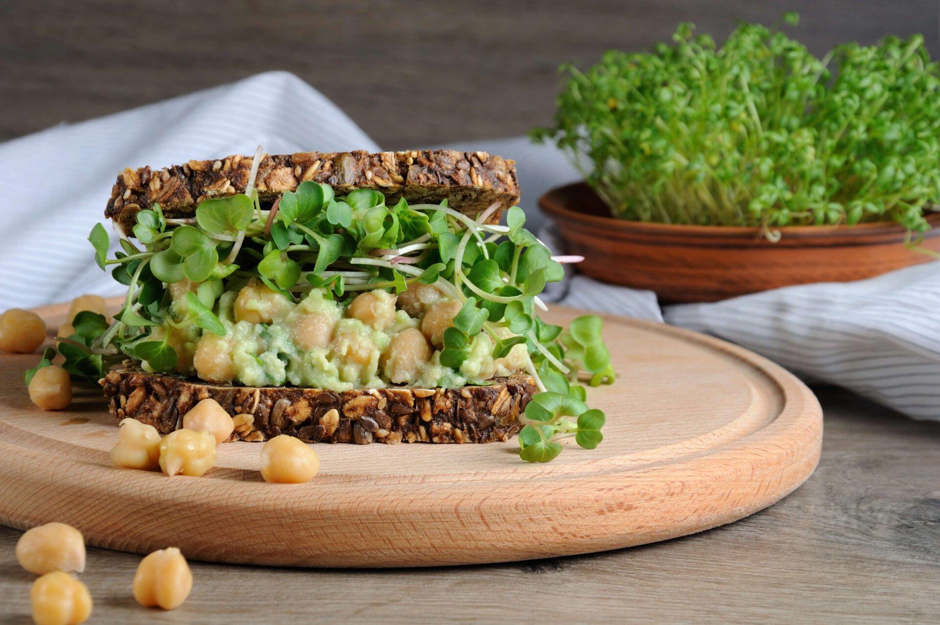 aceite ideal sandwich de garbanzo y aguacate